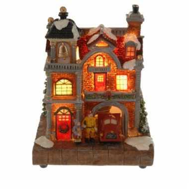 Kersthuisje brandweer met verlichting